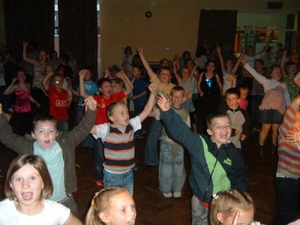 Dave Dee Discos Kids Disco Stoke On Trent School Dj